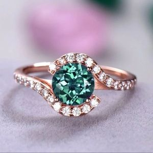 Jewelry - ✨Dainty Emerald Ring✨18K Rose Gold Plated✨